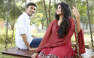 Maruvarthai Pesathe Song Lyrics in Tamil Enai Nokki Paayum