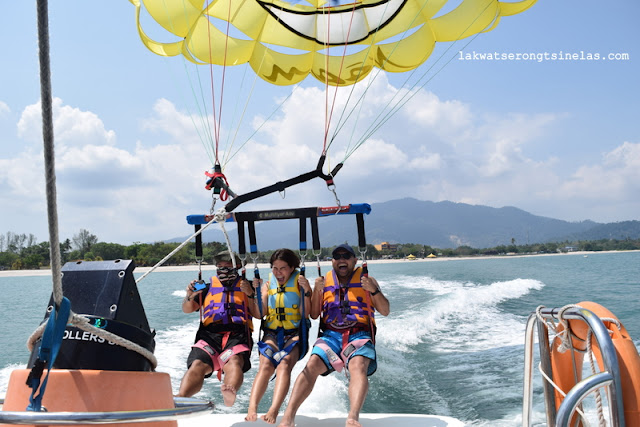 A BIRD'S EYE VIEW OF LANGKAWI VIA A PARASAIL