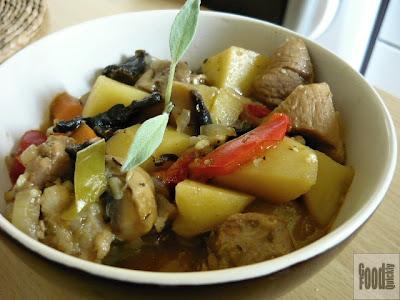 Tocănită de legume cu carne