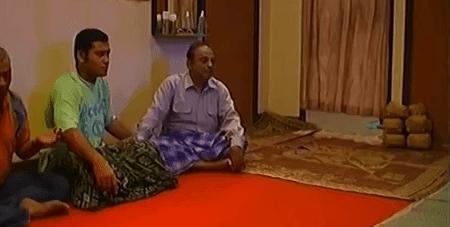 Arab Gila Pemimpin Doa