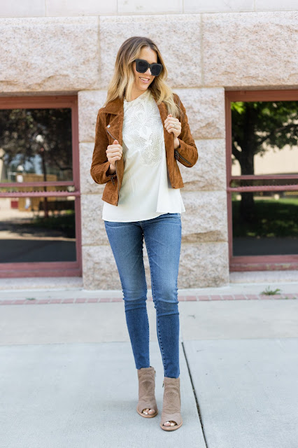 Suede Jacket with Jeans - The Must Have Brown Suede Jacket For Fall by Colorado fashion blog