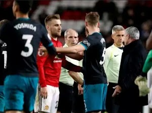 Jose Mourinho, criticizes referee Craig Pawson for not awarding a penalty to his side