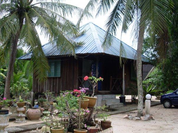 Chalet And Resort Pantai Cahaya Bulan Kelantan Home Beach Village Resort