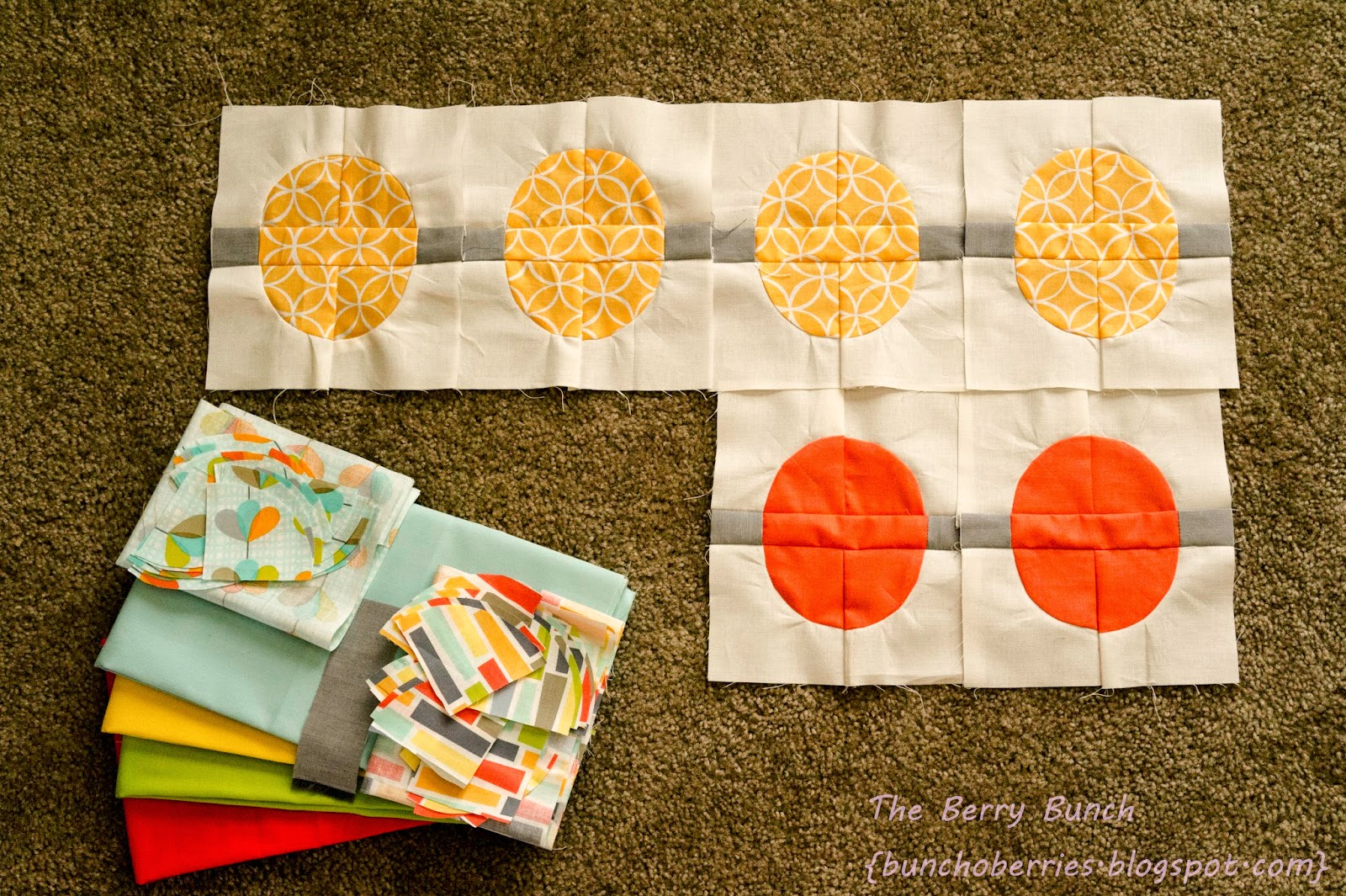 The Berry Bunch: 2015 Finish-A-long: Circle Quilt