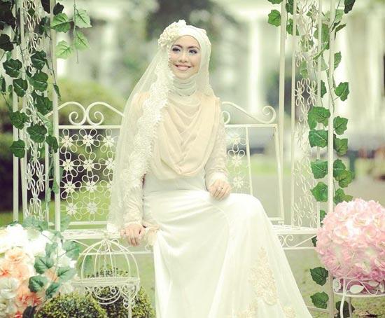 Model gaun pengantin muslimah syar'i Terbaru