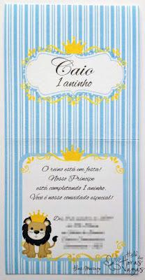 convite artesanal aniversário infantil leão rei azul branco dourado coroa menino 1 aninho delicado