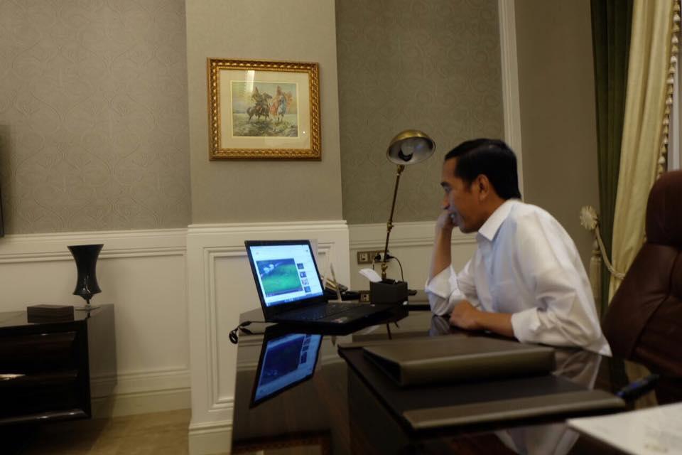 Presiden Jokowi Nonton Streaming Final Pertama Piala AFF 2016, Indonesia Menang 2-1 atas Thailand