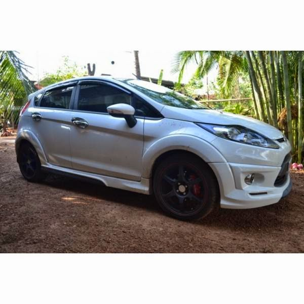 Bodykit Ford Fiesta IDEO Plus Over Fender