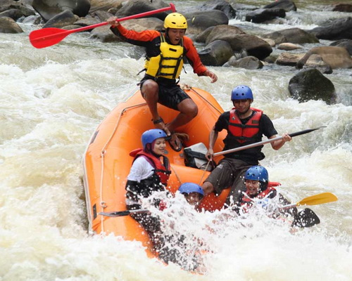 Tinuku.com Travel Serayu river rafting in Banjarnegara, the perfect adventure after visit Dieng Plateau in Wonosobo