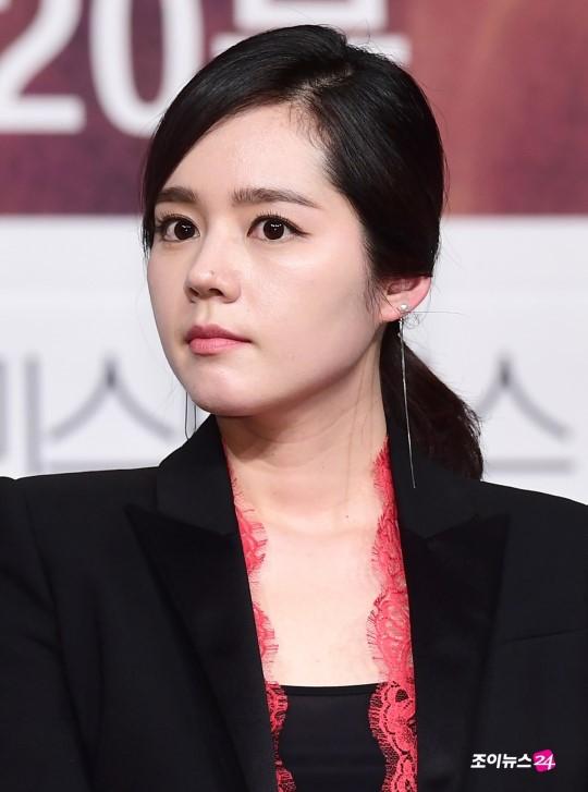 Han Ga In xinh đẹp ra mắt phim truyền hình mới sau 6 năm vắng bóng - Ảnh 6