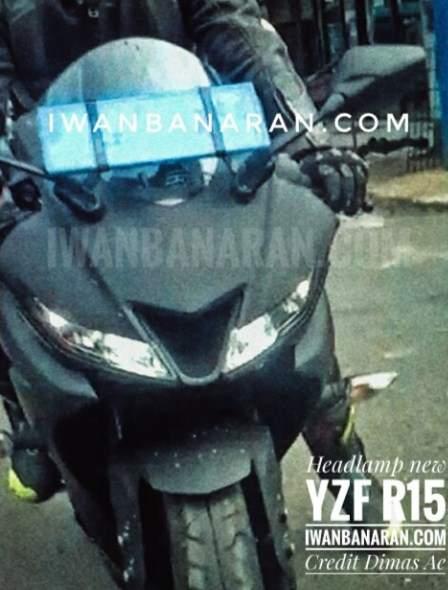 Yamaha-R15-2017-depan-iwb