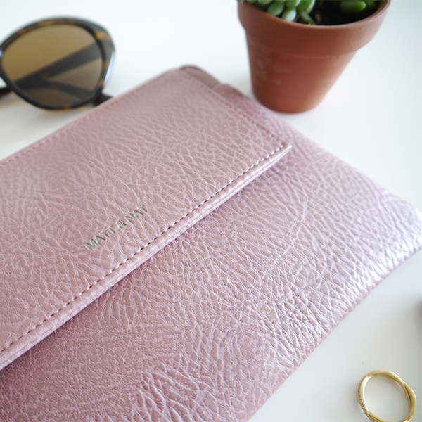 Matt and Nat x Indigo limited edition mauve Maya wristlet clutch bag vegan leather texture