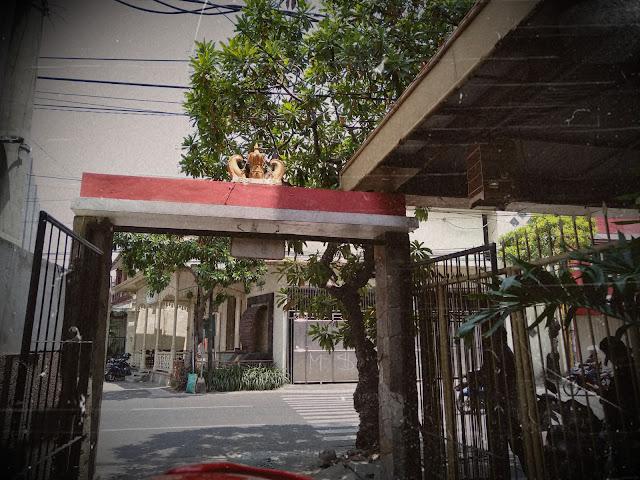 mahkota raja jalan keraton surabaya