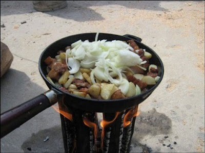 Plancha-Cocina con un Tronco de Arbol