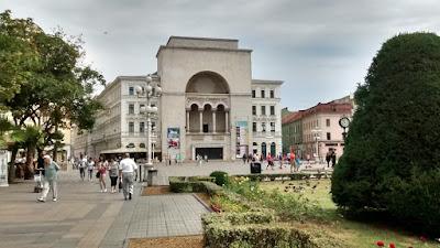 opera nacional rumania timisoara plaza victoria
