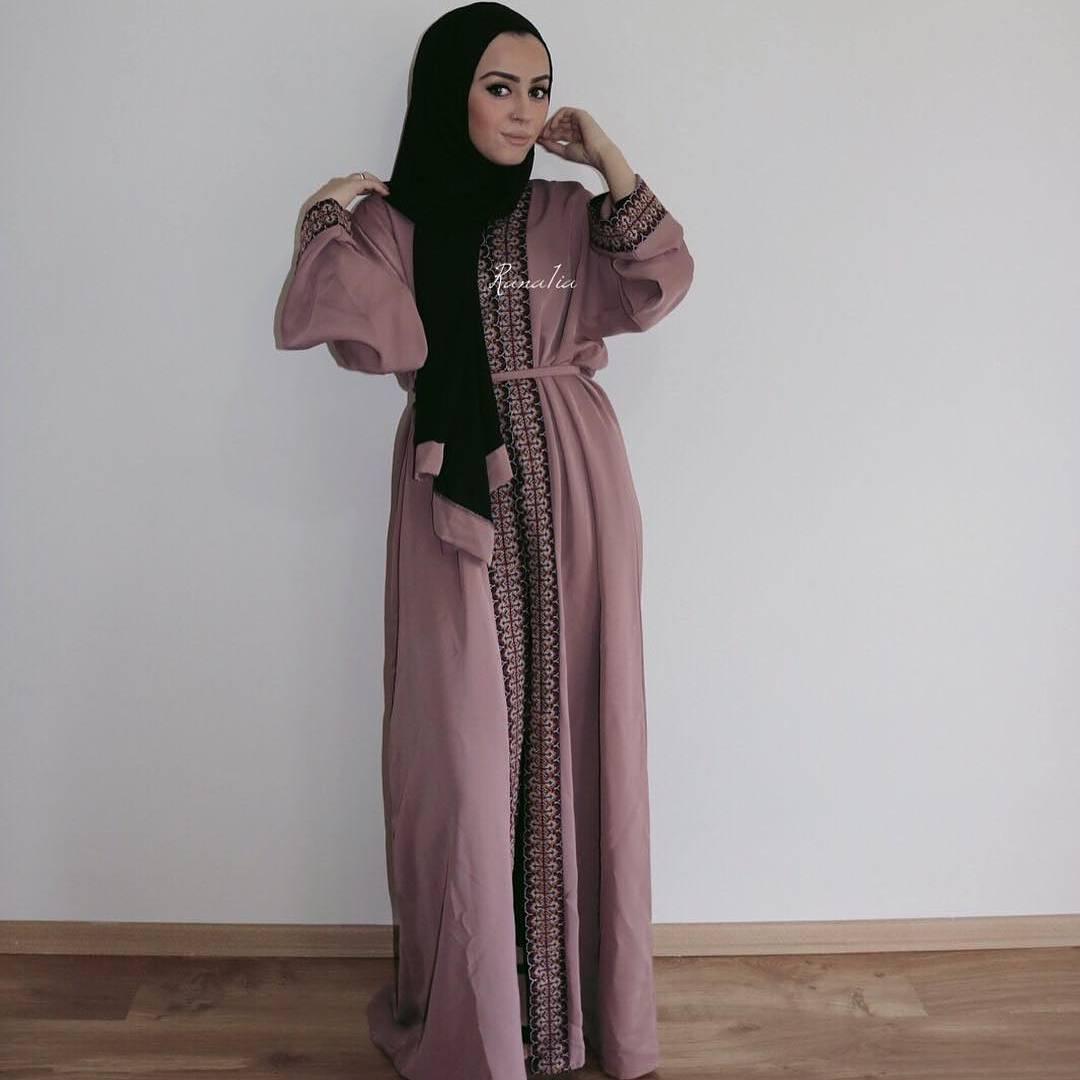 20 Model  Desain Gaun Pesta  Muslim Terbaru 2019