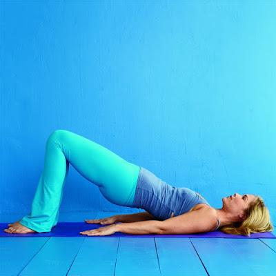 Động tác tập yoga giảm mỡ bụng