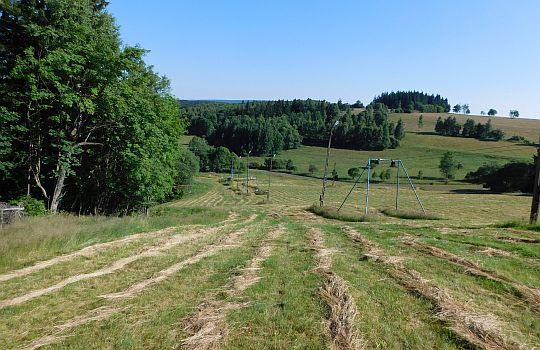 Zejście do doliny wsi Spalona.