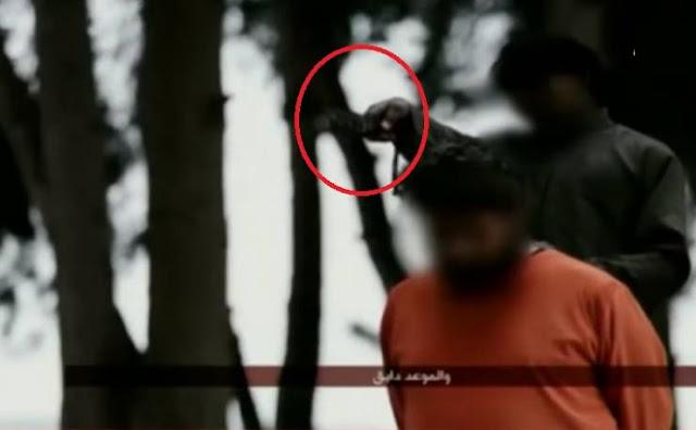 فيديو  طفل داعشي يذبح إمام مسجد في مشهد صادم!