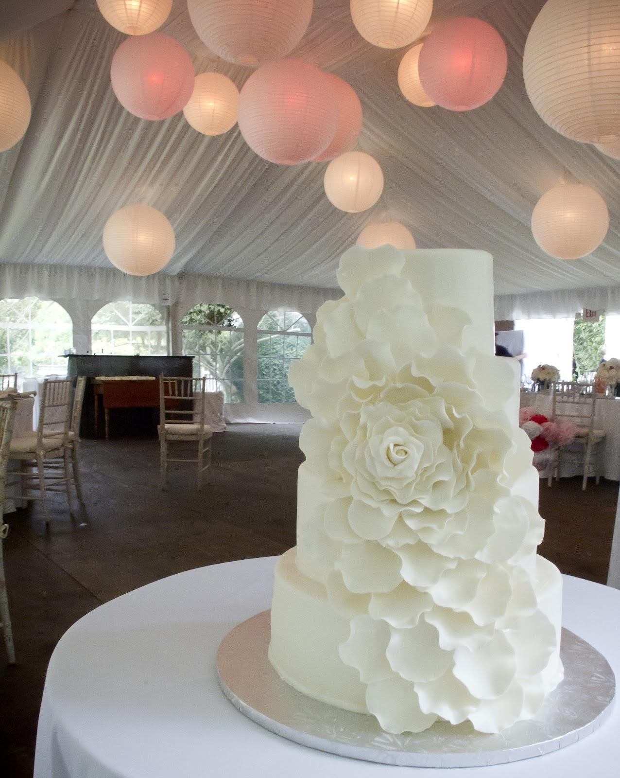 A Simple Cake Petal Wonderful White Wedding Cake