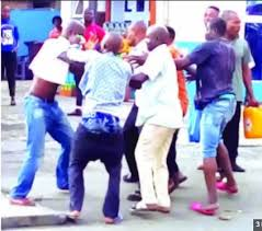 Angry Bus Conductor Beats Up Driver, Strips Him N*ked In Broad Daylight