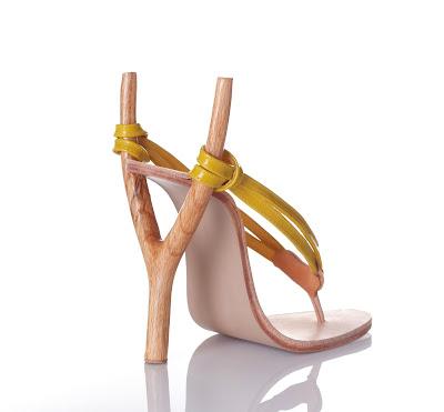 Zapatillas exóticas con resortera o cauchera