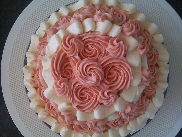 Medwin House Bakery Decorating Rose Cake Practice Makes