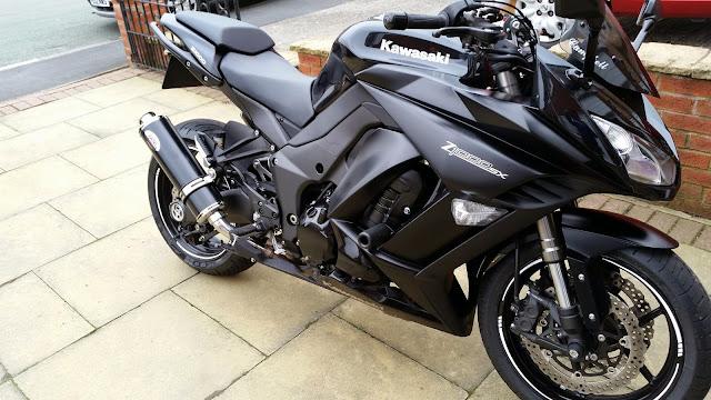 8 moto biker nào cũng muốn sở hữu với vẻ đẹp lạnh lùng  2