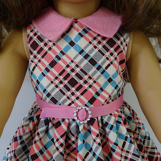 How to line a sleeveless doll dress bodice by valspierssews