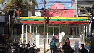 Lokasi Outlet Madinah Cake, Jln. Banda No. 21, Kota Bandung