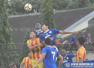 Persib Bandung vs Sleman United 4-0, Ezechiel Cetak Hattrick