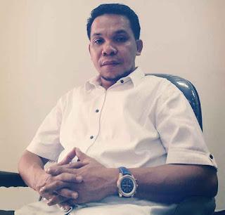 DPRD Maluku mendesak Balai Pelaksana Jalan Nasional (BPJN) IX dan Balai Wilayah Sungai (BWS) setempat untuk menyelesaikan tunggakan pajak bahan galian C ke kas Pemerintah Kabupaten Buru Selatan.