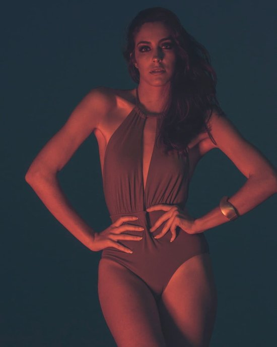 Dani Durán instagram arte fotografia mulheres modelos fashion cores neon anos80
