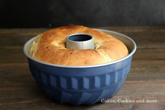 Gefülltes No Knead Brot - Toastbrot mit Schinken- und Fonduefüllung