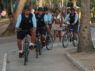 Prefeito participa da entrega de bicicletas à Guarda Municipal de Maceió (AL)