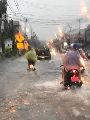 Unusual hard rain and floods around Koh Samui for April