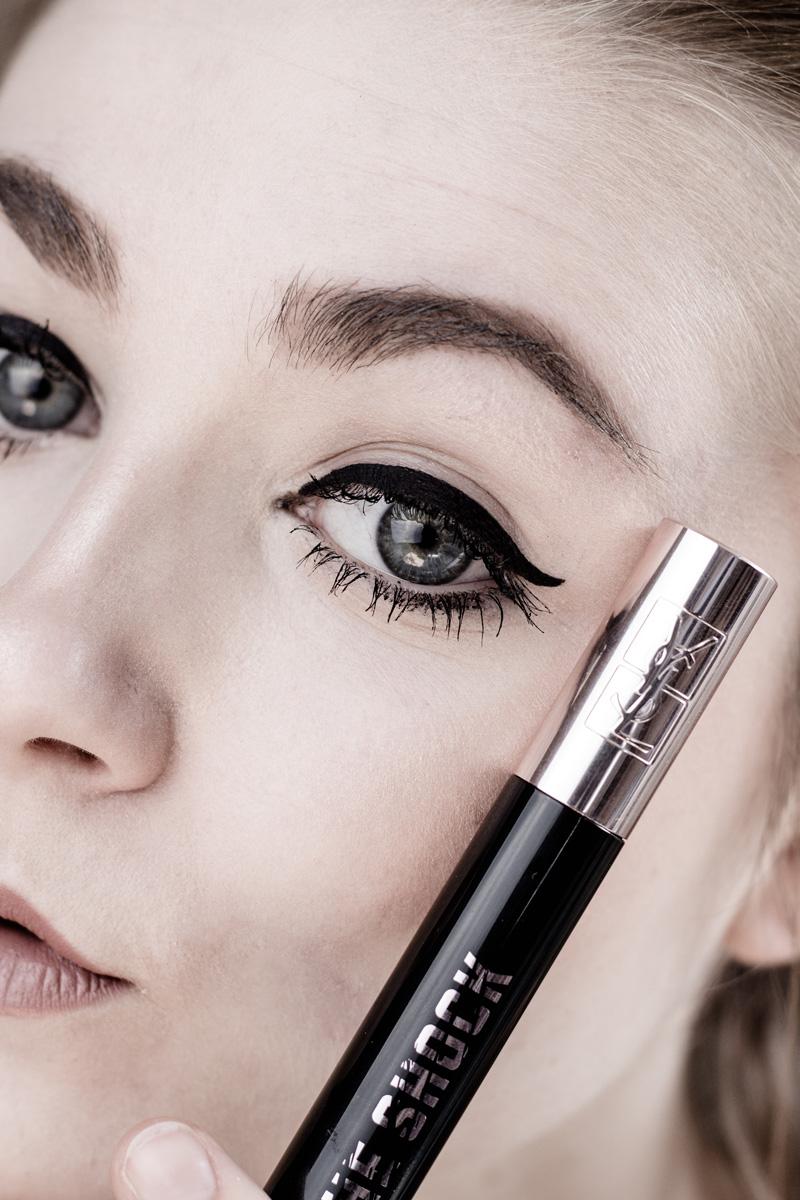 Yves Saint Laurent Black Opium Floral Shock Parfum Review Little Emma Beauty Blogger Duesseldorf 2017