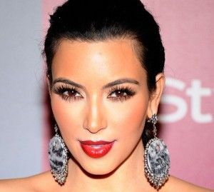 Kim Kardashians old style Hollywood glamour wearing a