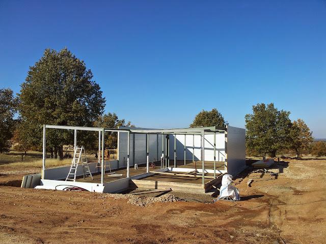 Proceso de cerramiento de una vivienda modular - Resan