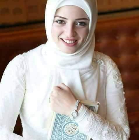 علياء 23 سنة من اسكندرية