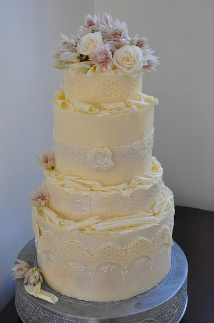 wedding cake cape town rozanne s cakes white chocolate wedding cake cape town 22159