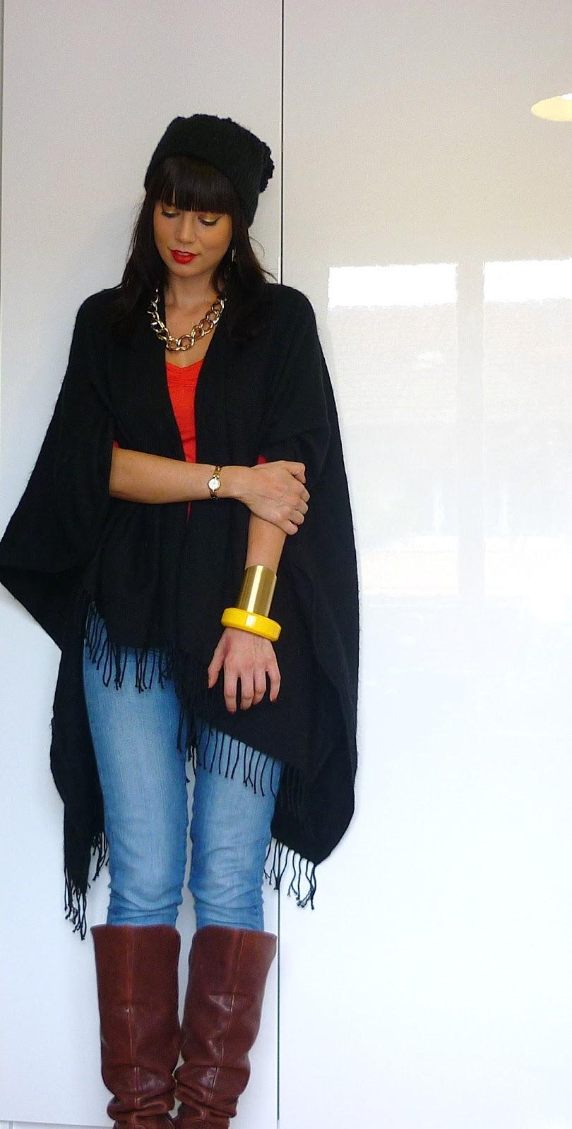 Pishis Colors: OOTD: Black Poncho goes Gangsta Style