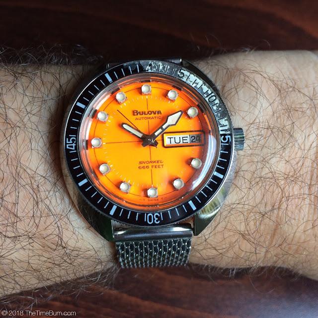 Vintage 1971 Bulova Oceanographer Snorkel V 666ft Devil Diver  wrist shot