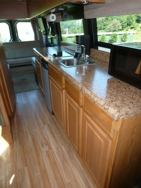Mike And Lisa S World Motorhome Remodel Before And After
