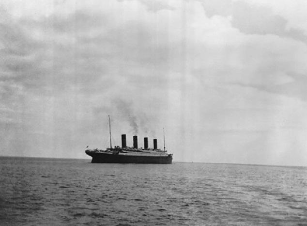 La ultima fotografia del Titanic. Ultima foto del Titanic. Fotos insólitas que se han tomado. Fotos curiosas.