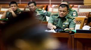 Panglima TNI Jendral TNI Gatot Nurmanyto  Serahkan Tiga Nama Calon Pengganti KSAU ke Presiden - Commando