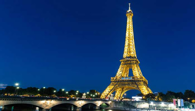 Bangunan Ikon Dunia Menara Eiffel