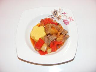 reteta tocana, retete, retete de mancare, mancaruri cu carne si legume, porc, pui, legume, mancare romaneasca,