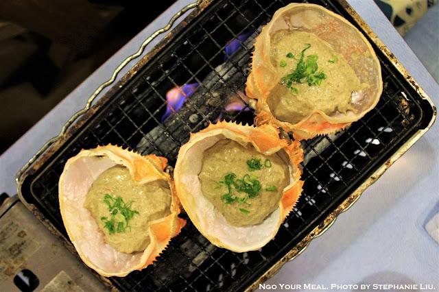 Grilling Kanimiso Koura Yaki at Isomaru Suisan in Osaka, Japan