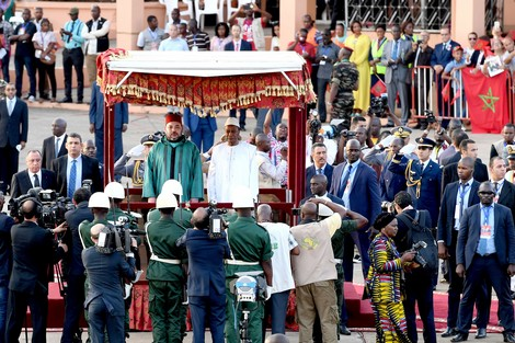 الجهوية 24 - رصيف الصحافة: الملك يؤجل زيارة إندونيسيا ويستعد لقمة سيدياو